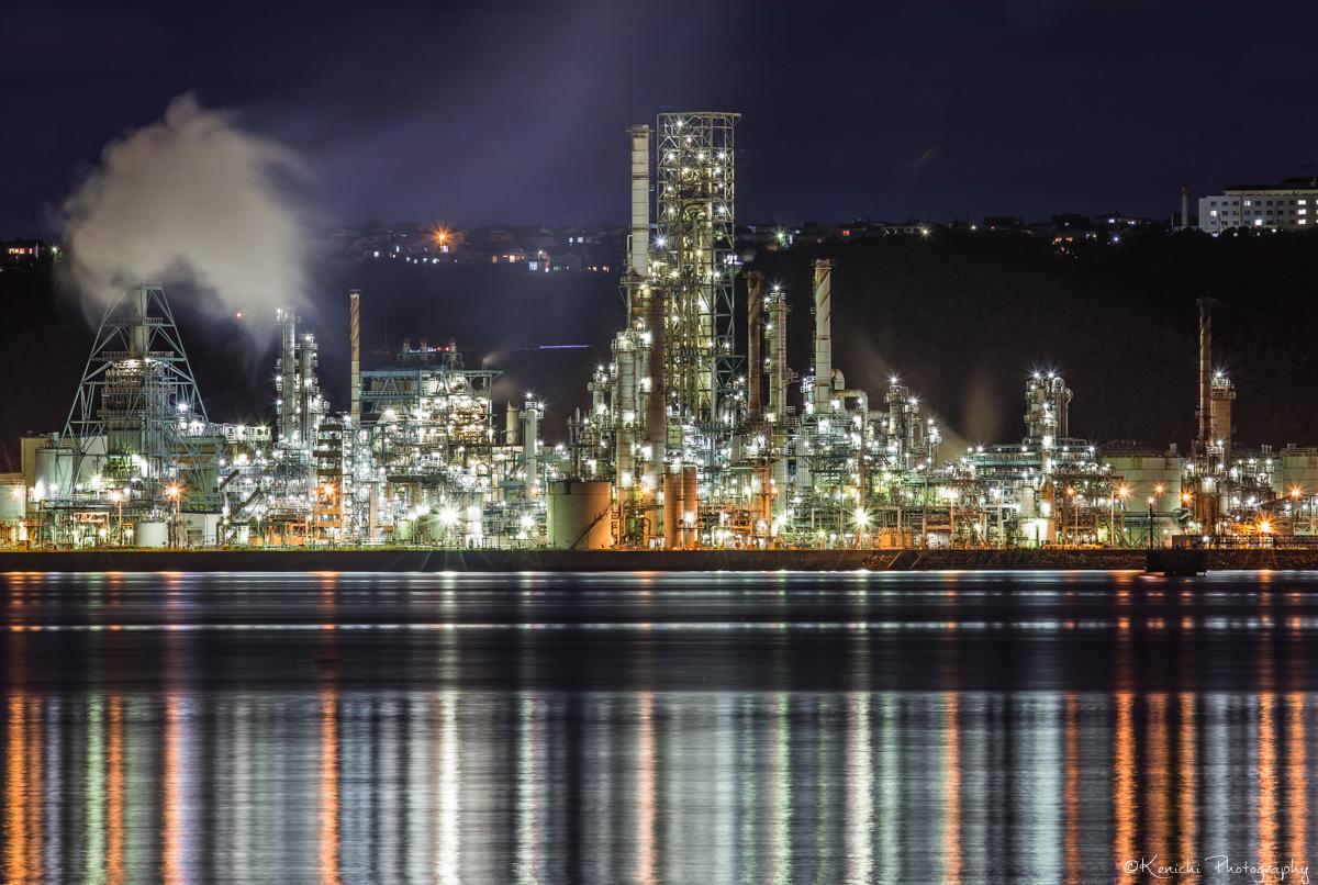 室蘭の工場夜景を望遠レンズで撮る